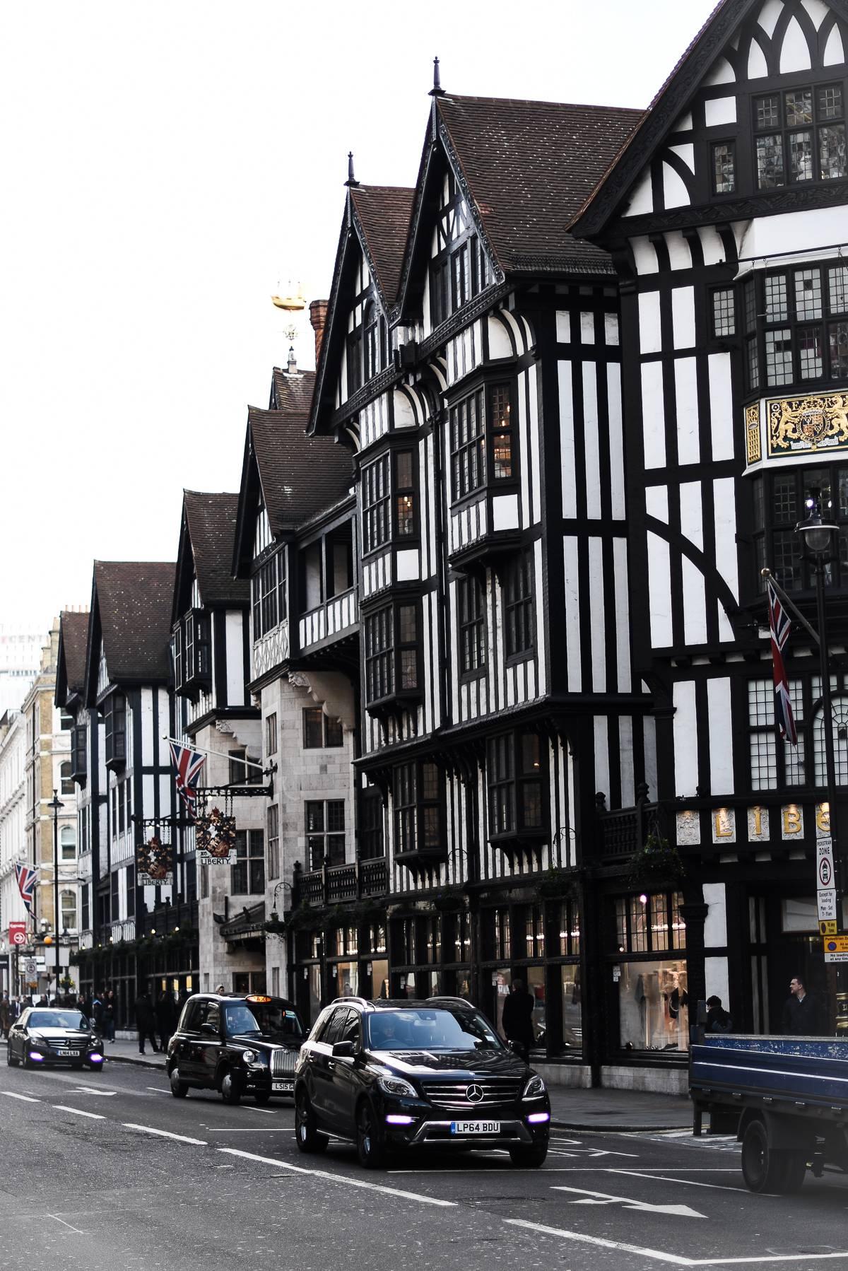 LONDON WITH SISLEY 16