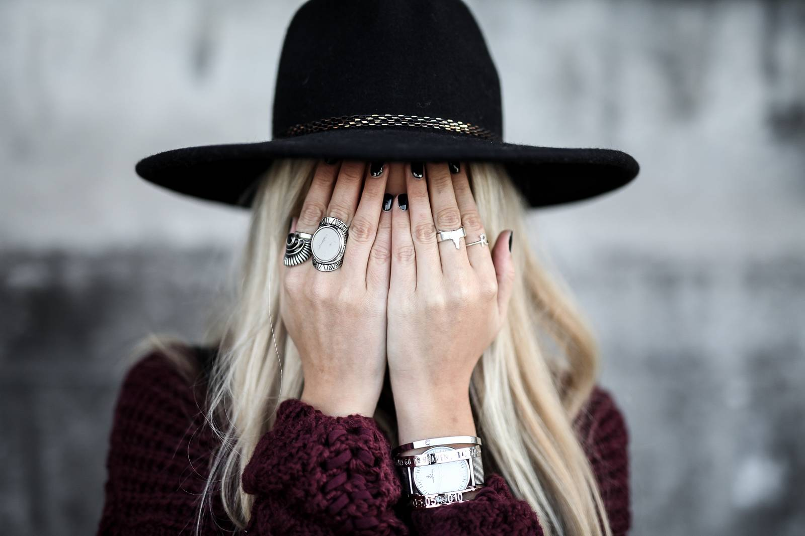 black hat and jewels