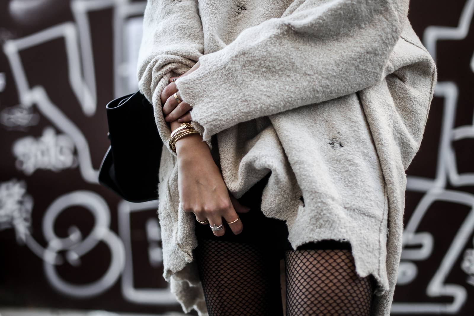 Destroy sweater and fishnet tights