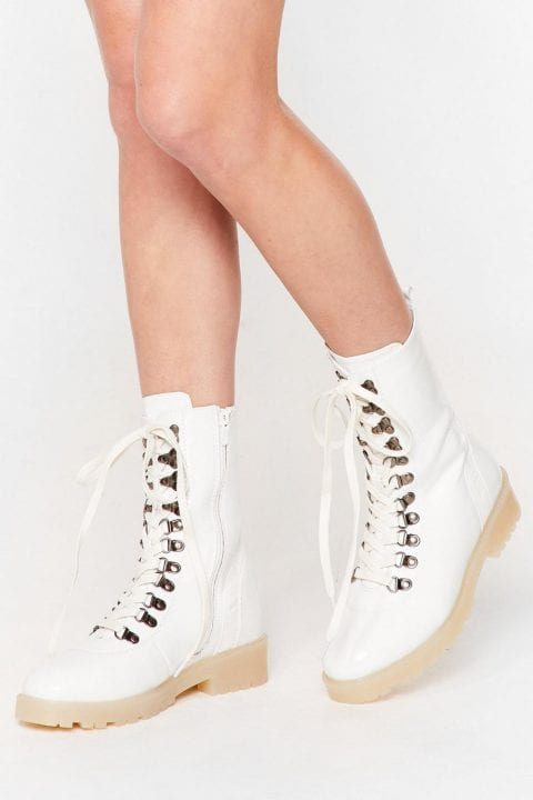 bottes blanches hike Nasty Gal