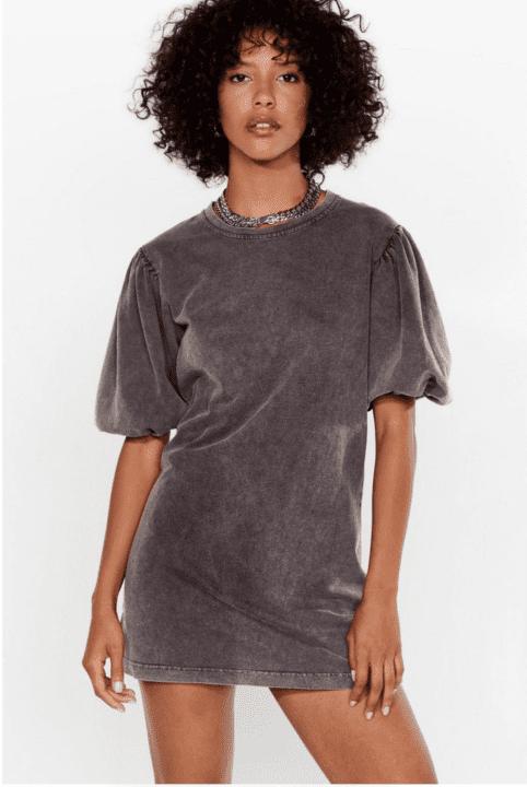 Robe sweat délavée à manches bouffantes Nastygal