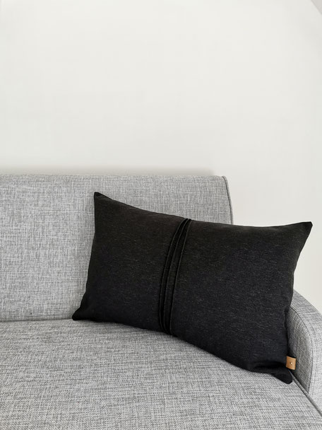Coussin noir anouk - Agnes & Therese