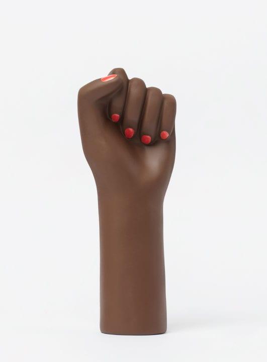 vase-girl-power-noir-h-27-cm_madeindesign_317130_original