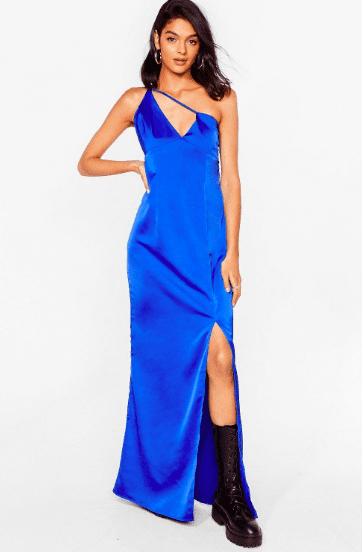 Robe longue en satin bleu roi NastyGal