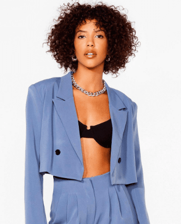 Crop blazer bleu Nastygal