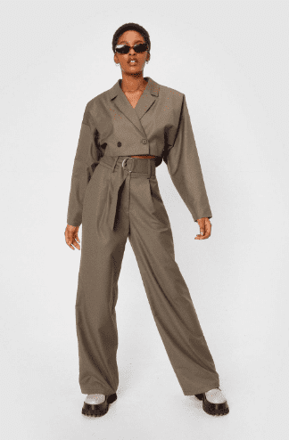 Costume crop taupe Nastygal