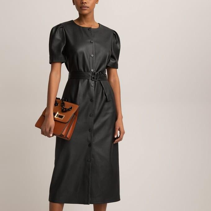 Robe-chemise longue en simili, manches courtes noire
