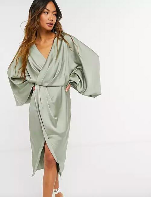 ASOS DESIGN - Robe chemise à manches ballon et dos ouvert en satin – Olive – ASOS