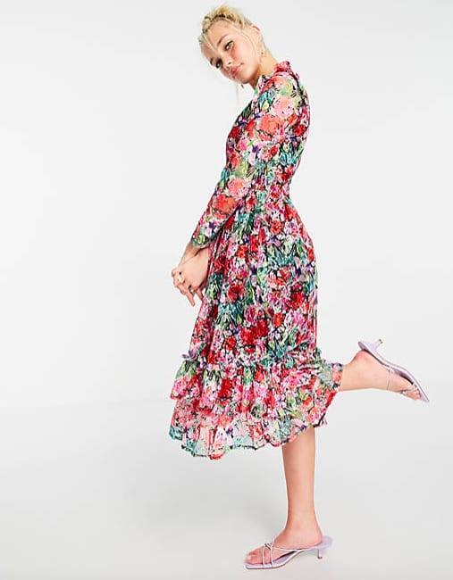 Little Mistress - Robe patineuse mi-longue à fleurs avec manches longues et détail volanté – Rose – ASOS