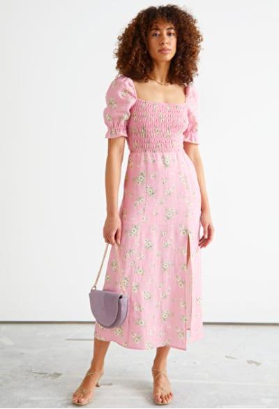 Bohème - Robe mi longue en lin rose imprimé à fleurs – And Other Stories