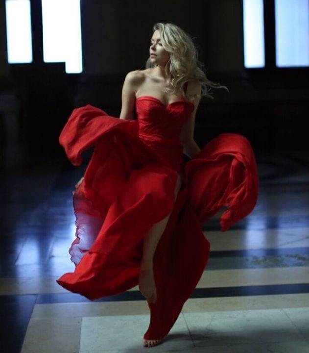 Robe rouge - Upsylon