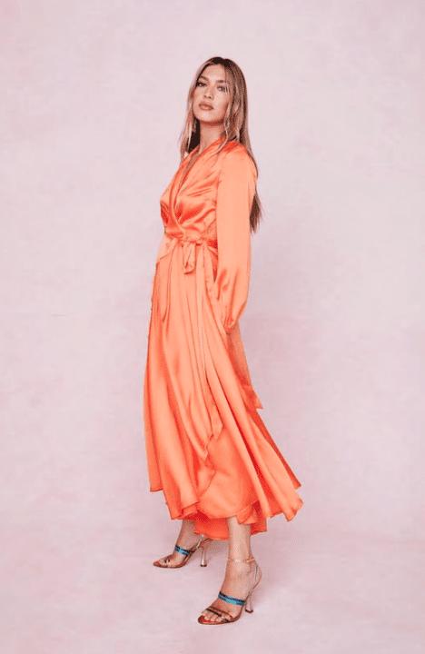 robe orange satin